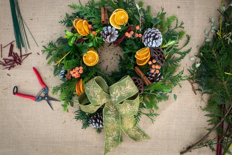 Make Your Very Own Christmas Wreath